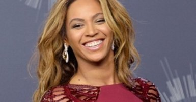 Beyonce teams up with TopShop
