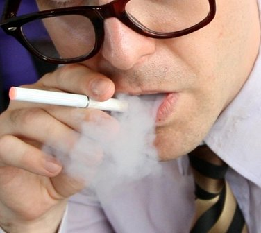 Doubt cast on safety of e-cigarettes