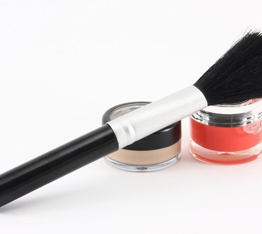 Get the look brush care