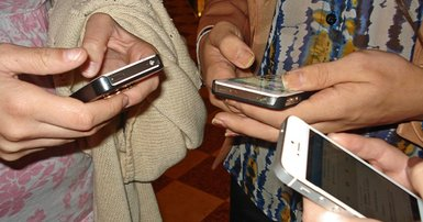 Retailers told to go mobile for sales success